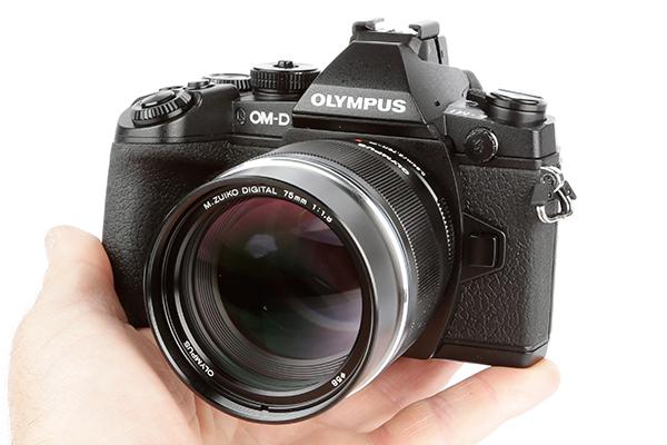 Olympus-OM-D-E-M1-product-shot-16