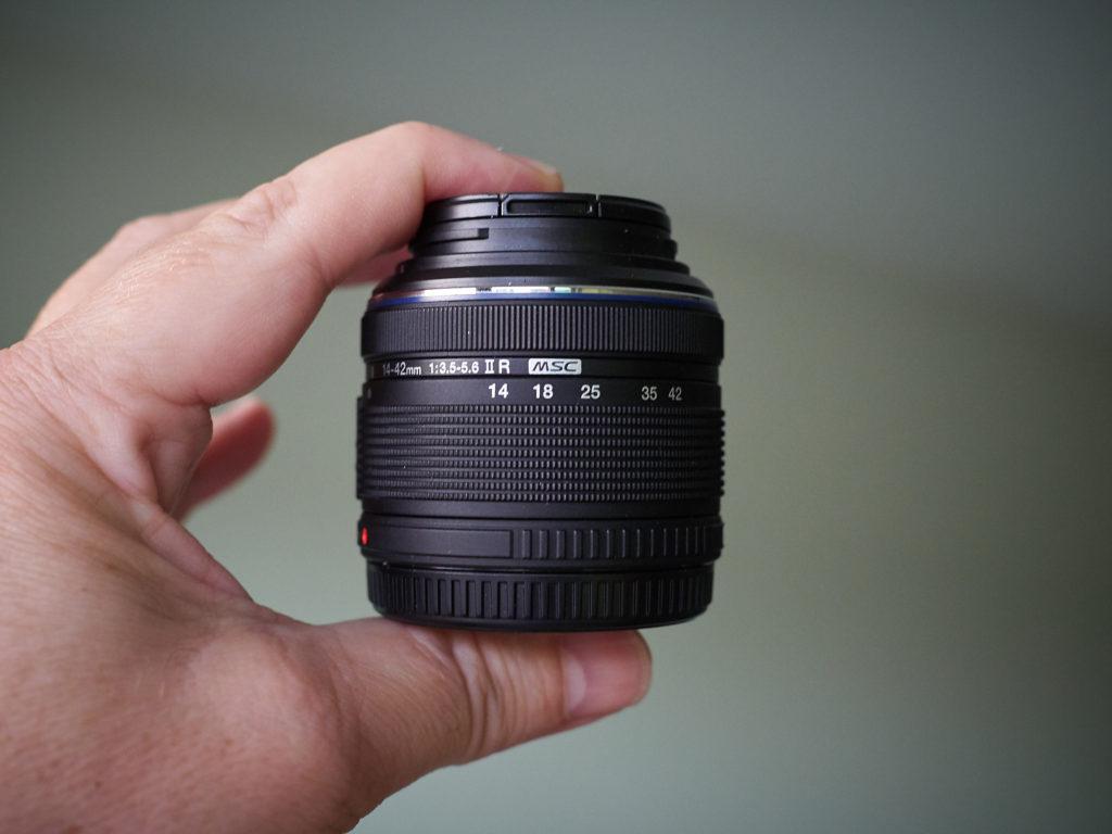 M.Zuiko 14-42mm f/3.5-5.6 ii R